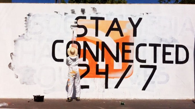 stay connected 24/7