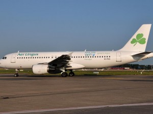 Aerlingus paints Twitter handle on one of its airplanes