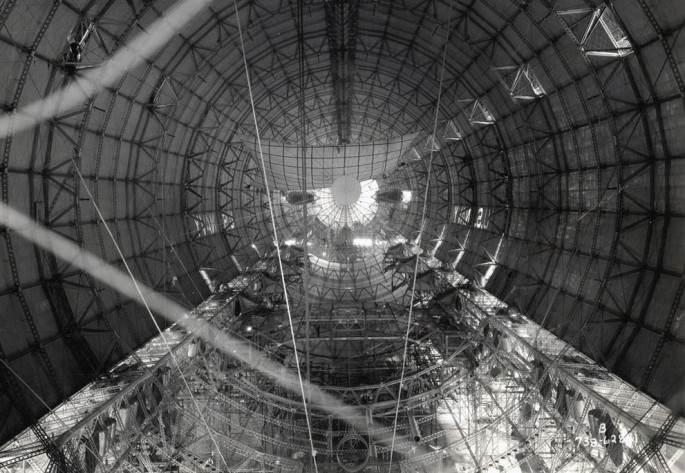 1933 - Interior hull of a U.S. Navy dirigible - National Archives