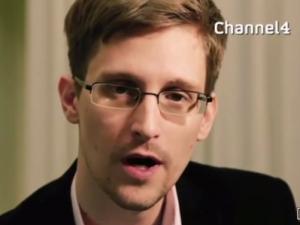 Edward Snowden s Alternative Christmas Message for 2013