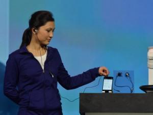 Intel-Smart-Earbuds-1