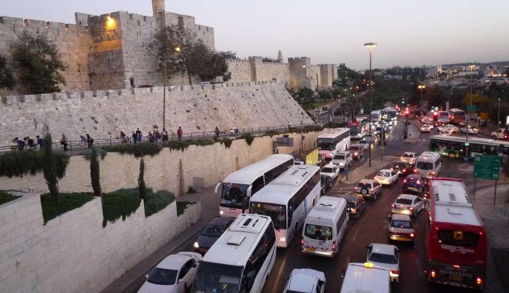 traffic jam in jerusalem israel
