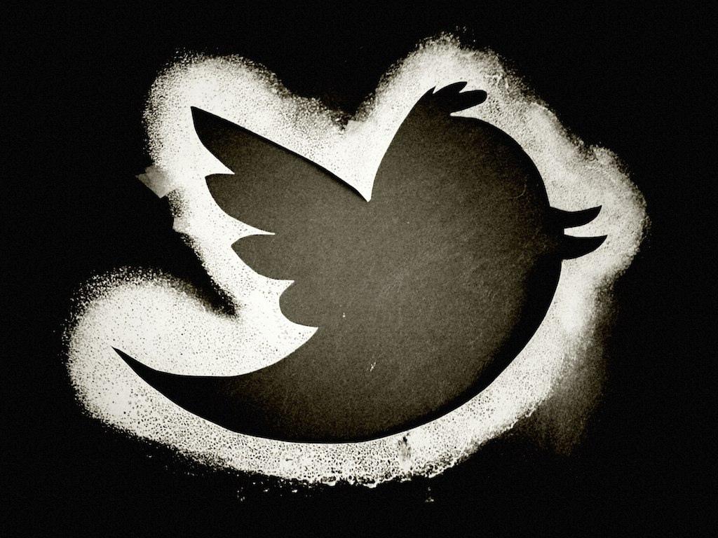 Twitter bird stencil