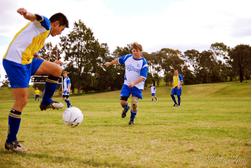 soccer action shot by karjiayu